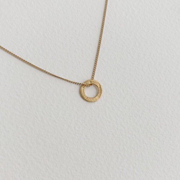 One Soul Circle Pendant Gold