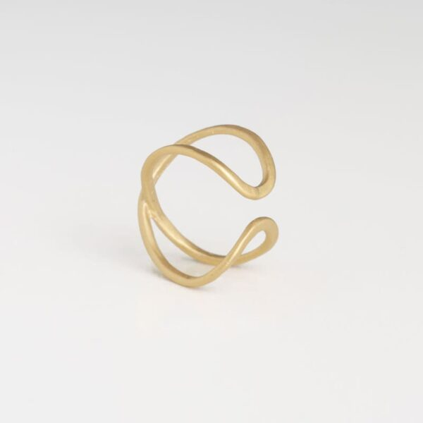 A Kind of Magic Cross Infinite Ring Gold