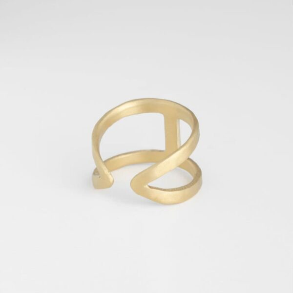 A Kind of Magic Ring Gold