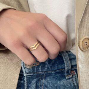 A kind of magic wonderwoman doble ring gold lady
