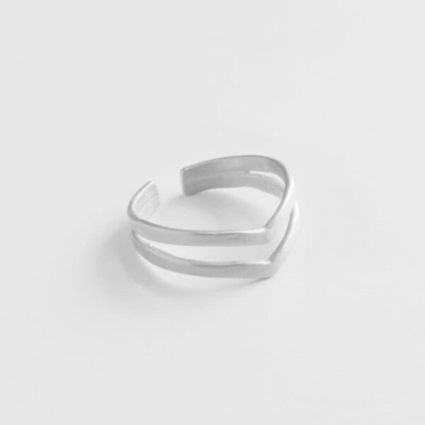 A kind of magic wonderwoman doble ring silver