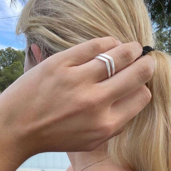 A kind of magic wonderwoman doble ring silver lady