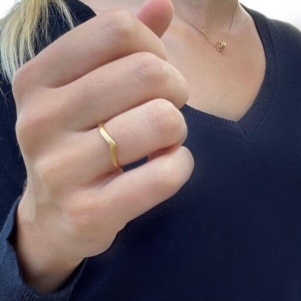 A kind of magic wonderwoman simple ring gold lady