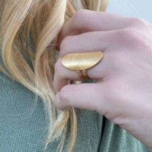 Anita Valiente M Ring Gold Lady