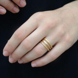 Camu Triple Ring Gold lady