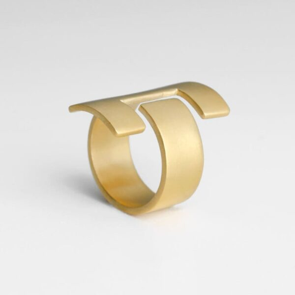 Ce Ring Gold
