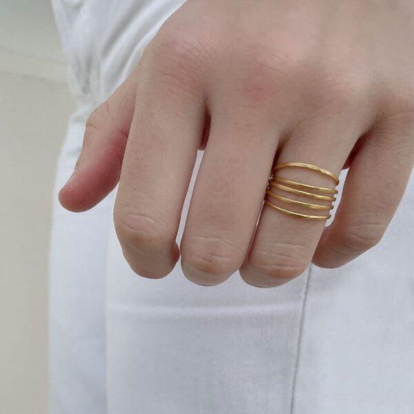 Gala Five Ring Gold lady