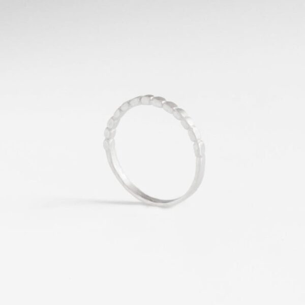 Half flat ring silver