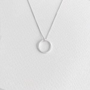 Insieme Circle pendant silver