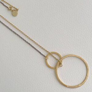 La Cala M Long Circle Necklace Gold Ruthenium