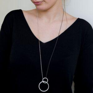 La Cala M Long Circle Necklace Silver Ruthenium Lady