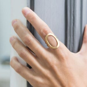 La Cala Oval Ring Gold Lady
