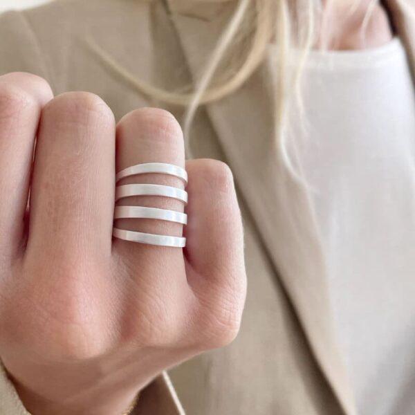 Los Cala Ring Silver Lady