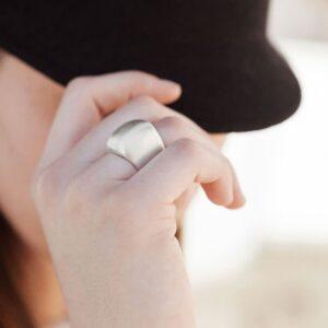 Martita Ring Silver Lady