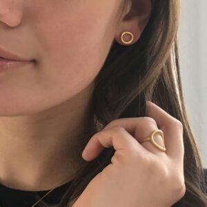 Nicola Earrings Gold Lady