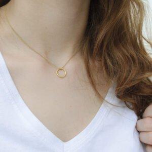 Nicola Pendant gold lady