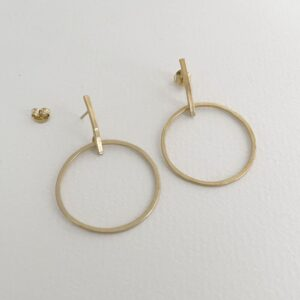 Twin Along L earrings gold