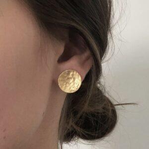 moon earrings gold lady